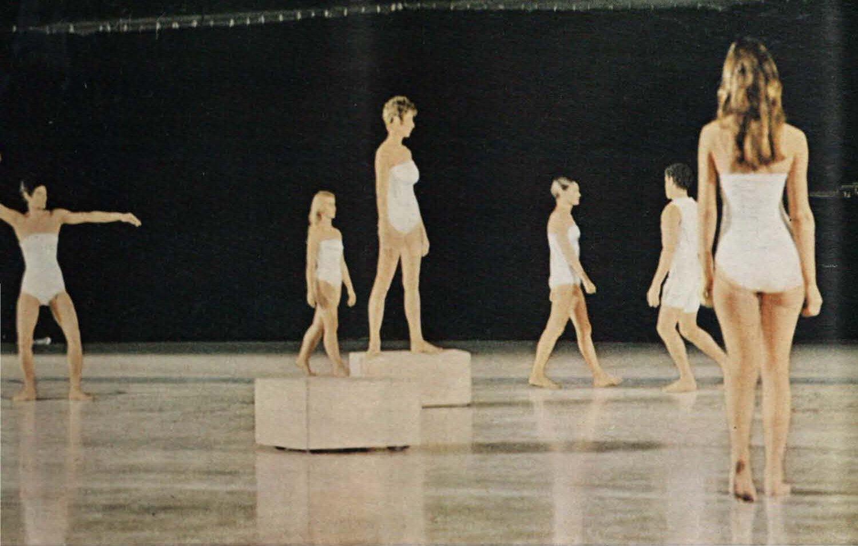 Electric_Magazine_1967-01_VOL_19_NO_1-7-dancers.jpg